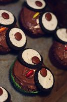 Owl Cupcakes by victimofemotion
