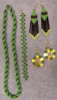 Green beadwork by ladytech