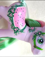 Tasselberry Custom MLP by mintconspiracy