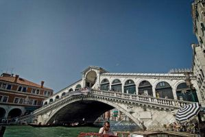 Rialto Bridge by BlackCarrionRose