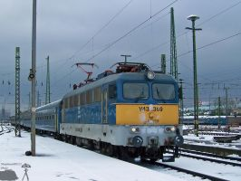 V43 1369 with fast train in Budapest on 2010 by morpheus880223