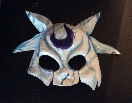 Guys look who made a terrible kindred mask by Wolfiexos