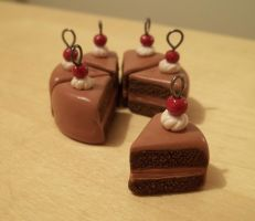 Chocolate Fudge Cake Charms by Alistu