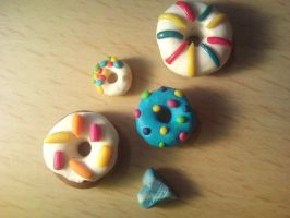 fimo donuts by rainmpo