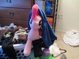 Haha, I need to finish my laundry Pinkie by Template93