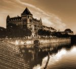Overlooking the River02 by abelamario