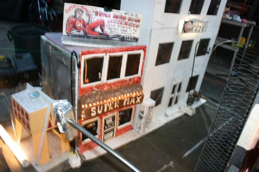 Super Max store miniature by EBrummer