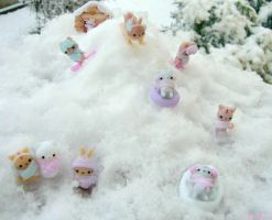 Charms in the snow XD by Bojo-Bijoux