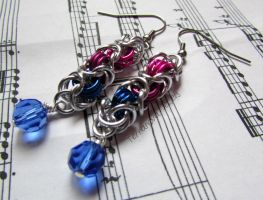 Pink, purple and blue beaded chainmaille earrings by TerraNovaJewels