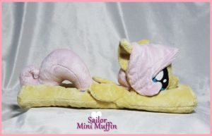 Little Snuggly Fluttershy by SailorMiniMuffin