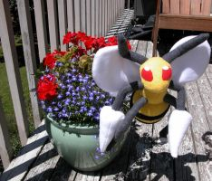 Beedrill Plushie by Plush-Lore