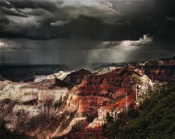 Rainbeams on the North Rim by AugenStudios