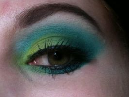 Green and Blue eyeshadow by MJay03