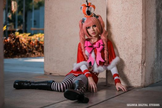 Perona - Broken Doll by MeganCoffey