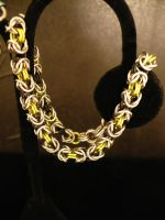 Peridot and Black chain by chainmaille