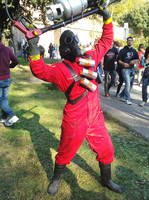 TF2 cosplay - The Pyro by Lynus-the-Porcupine