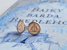 Deathly Hallows Earrings - Harry Potter by Pia-CZ