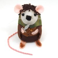 Frodo Baggins Mouse by The-House-of-Mouse