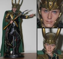 Hot Toys Loki by kayts99