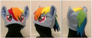 Rainbowdash hat v2 by OnJedone