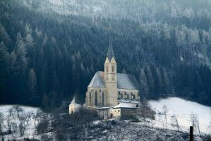 The snowy church by TomZoy