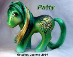 Patty a St Patrick pony by gotbunny