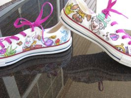 Alice in wonderland shoes by Jenna-a-Sayianbabe