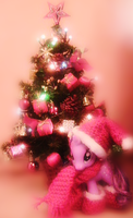 Twilight's ready for Christmas 02 by Misspokky