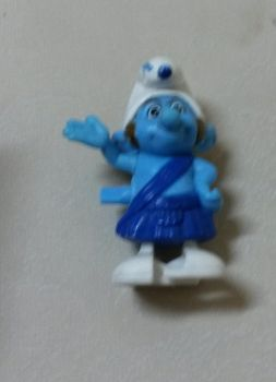 Gutsy Smurf's toy (McDonald's happy meal) by Wael-sa
