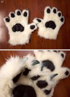 Handpaws (JC) by yeep-yeep