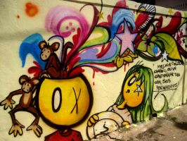 graffiti pensamentos close by tintanaveia