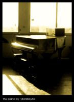 The Piano by dnogueira
