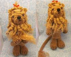 Cowardly Lion Wizard of Oz Amigurumi by Spudsstitches