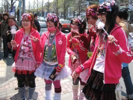 harajuku girls by laura-bell27