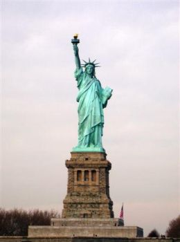 Statue of Liberty I by Londonbaby
