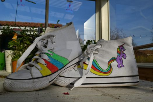 My little pony shoes! by Minoo96