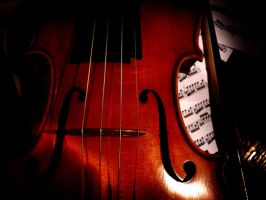 The Red Violin by SarArt16