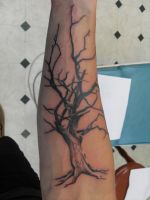 tree tattoo by facepolution