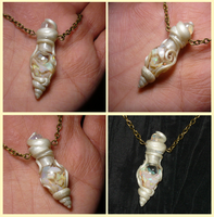 Celestial Light - Vial filled with Opals by Ganjamira