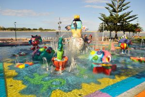 Water fun at The Entrance 1 by wildplaces