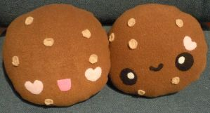 Dark Chocolate Cookie Plushies by FluffSugarCafe