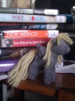 Derpy Hooves Crochet: Minus the details by terriko