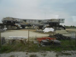 The Treads the Space Shuttle moves on by OceanRailroader