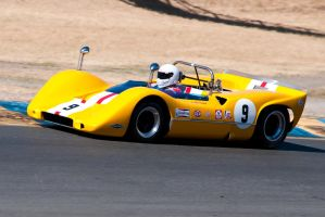 Historic McLaren M6B by SharkHarrington