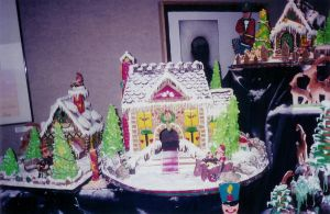Gingerbread Colonial House by NctrnlBst