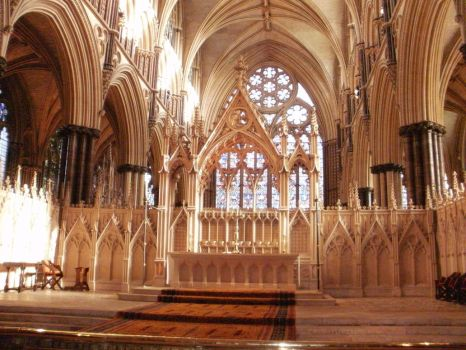 Inside Lincoln cathedral by HighShamanLythene