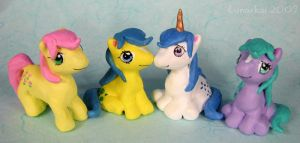 Pony Figurines by kaikaku