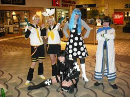 more Vocaloid mall cosplay by mei-chama