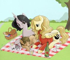SwanQueen picnic by MMMenagerie