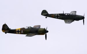 Fw-190 Bf-109 Flyby by shelbs2